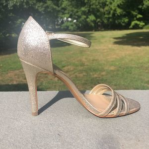 Audrey Brooke size 9 Gold Silver Strap Heels